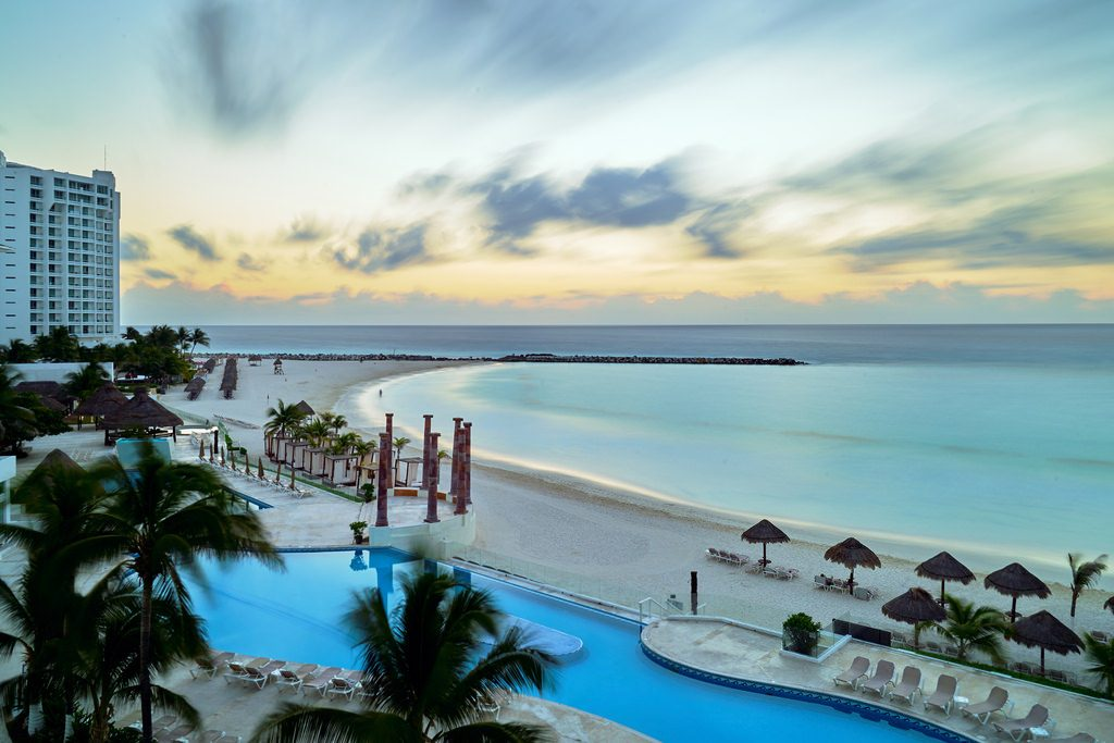 Mexico is a cheap destination wedding location offering beautiful resorts on the Pacific coast