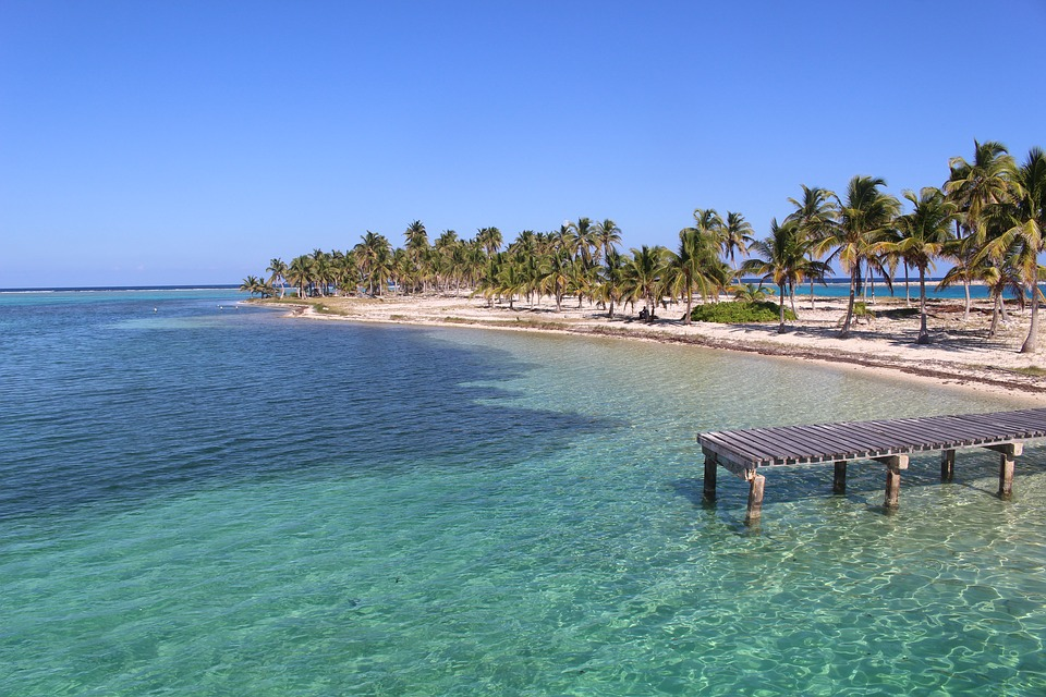 Belize is a cheap destination wedding location with clear water, white beaches, and fun in the sun